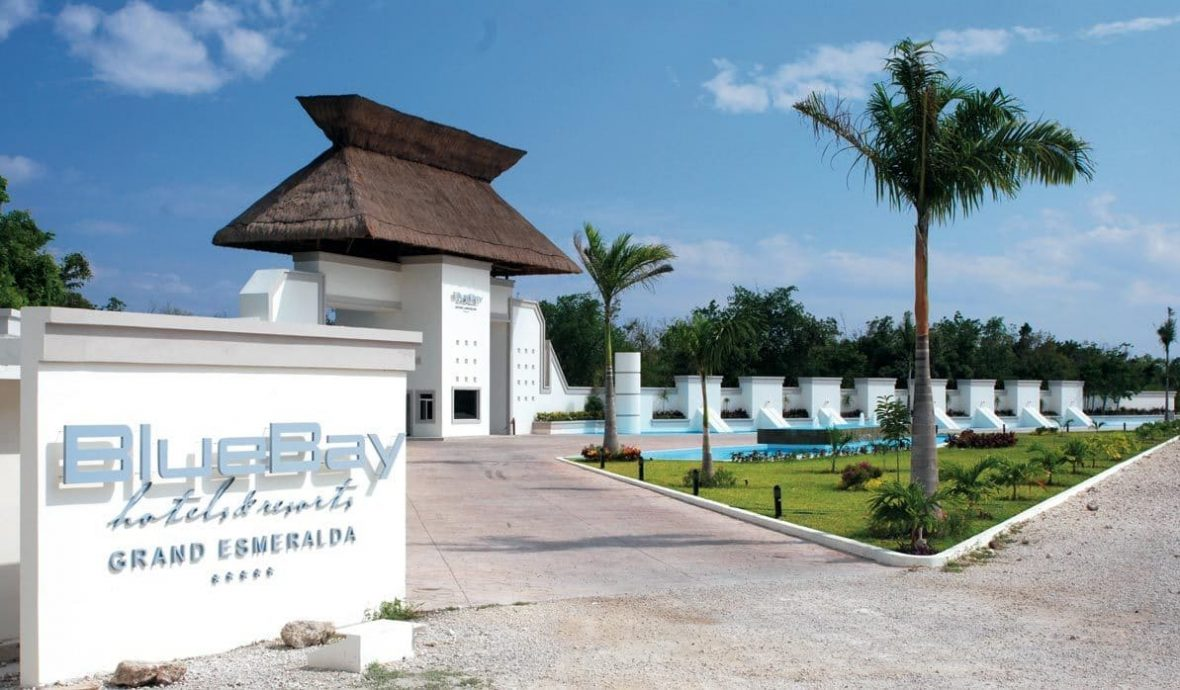 bluebay grand esmeralda, viajes universitarios,